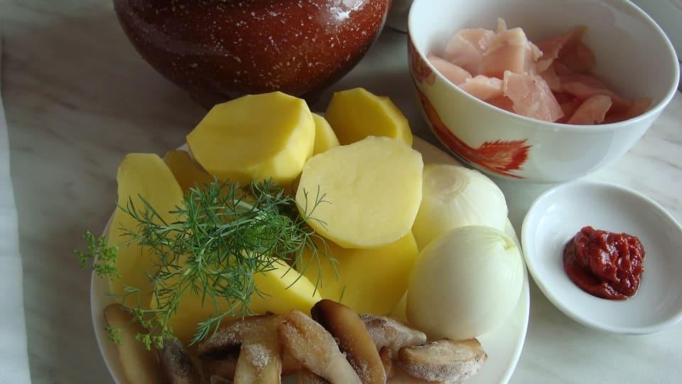 Курица в горшочке ингредиенты